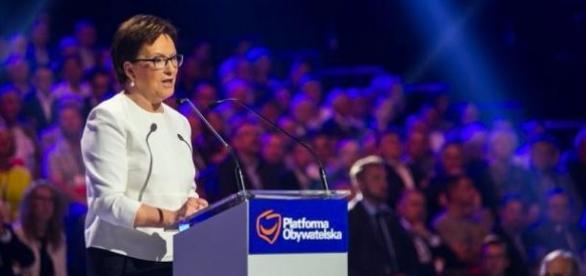 Premier Ewa Kopacz w czasie Konwencji PO