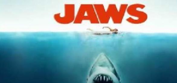 """Cartaz do filme """"Tubarão"""" de 1975"""