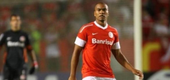 Rodrigo Moledo poderá reforçar o elenco do Inter