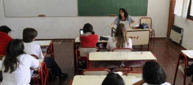 Enfurecida por sus alumnos una profesora mendocina los insulta y amenaza