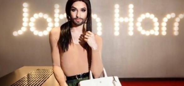 Conchita Wurst jest także modelką.