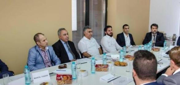 Prima întâlnire a afaceriștilor turci