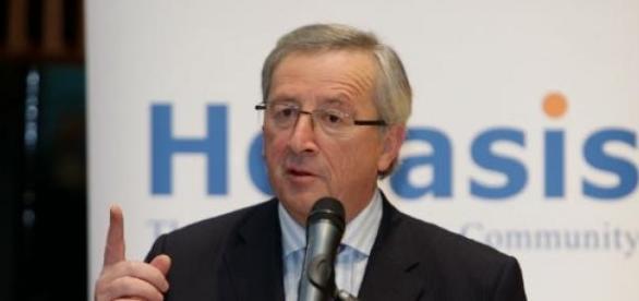 Juncker quer que Grécia fique no Euro.