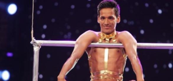 Manik Paul performing in India's Got Talent