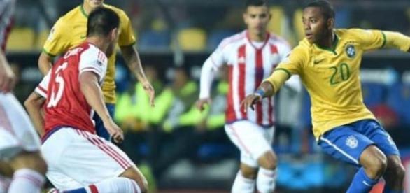 Robinho foi a opção na ausência de Neymar