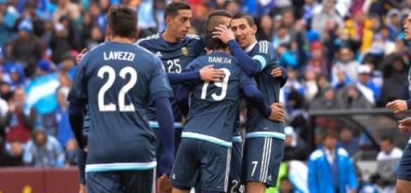 Seleção Argentina comemora gol marcado