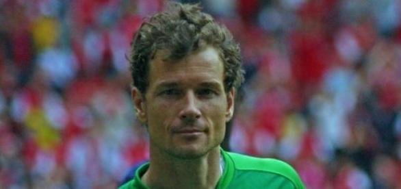 Jens Lehmann kickt für die Champions-L. Legenden