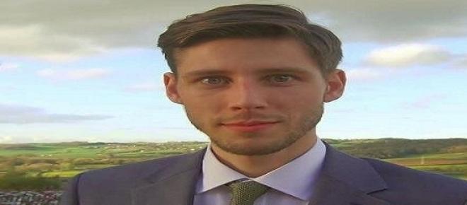 Thom Feeney, cittadino londinese di 29 anni, organizza una campagna di crowdfunding per cercare di aiutare la Grecia nel risanare il debito pubblico.