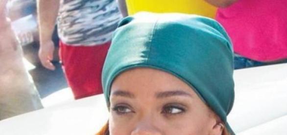 Rihanna, vizită Havanna, şedinţe foto, fani