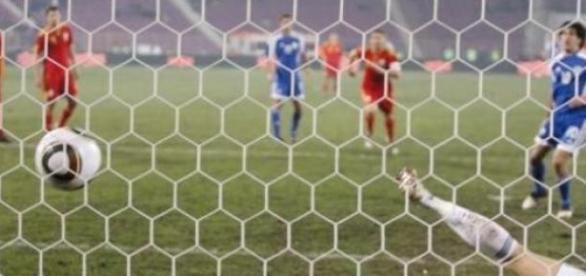 Fotbal adevărat in serie B foto:ziarero.antena3.ro