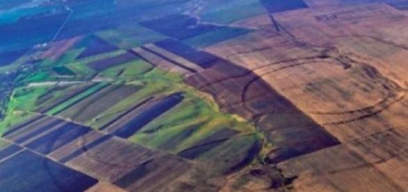Vedere aeriană a fortificaţiei de la Corneşti