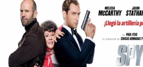Divertida parodia de espías a la James Bond