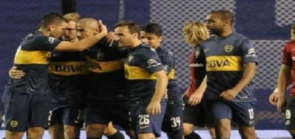 Boca Juniors escolta a San Lorenzo de Almagro