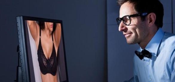 Google angajează inspector de poze porno