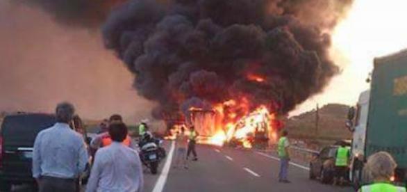 O motorista português foi 'engolido' pelas chamas