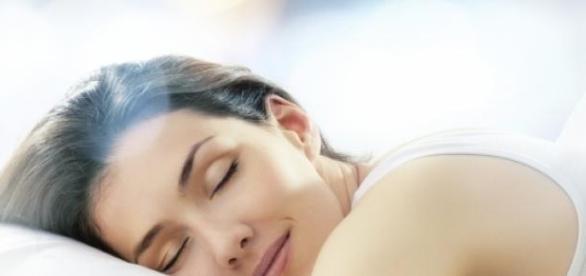 Somnul poate împiedica apariția bolii Alzheimer