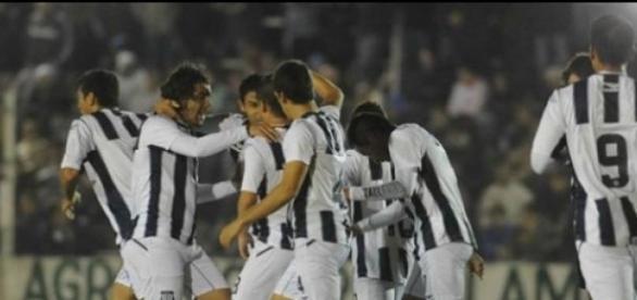Talleres Lo Gano 3 A 1 Frente A Defensores De VR .