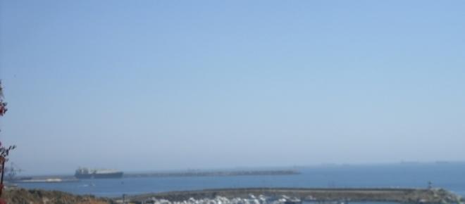 O Porto de Sines é um dos maiores de Portugal, sendo também a sua costa bastante explorada em recursos naturais.