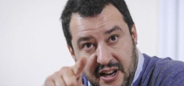 Matteo Salvini: l'Euro e l'Europa è fallita.
