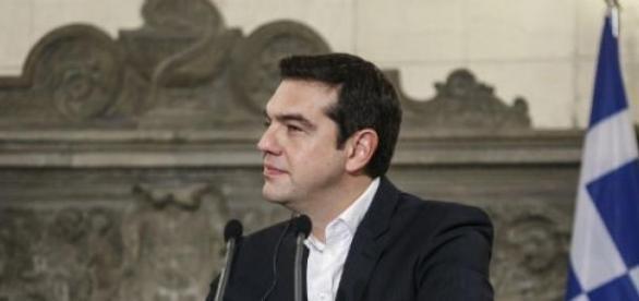 Tsipras disposto a ceder, mas não totalmente.