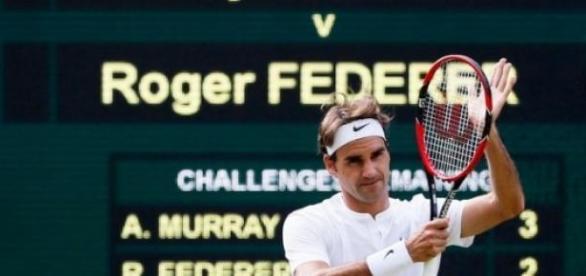 Federer se lució ante Murray y jugará la final