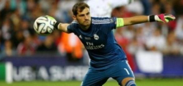 Iker Casillas a caminho do FC Porto
