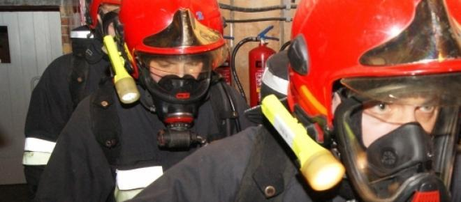 Strażacy podczas  akcji bojowej