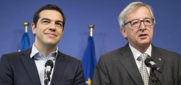 O premiê grego Tsipras e Junker