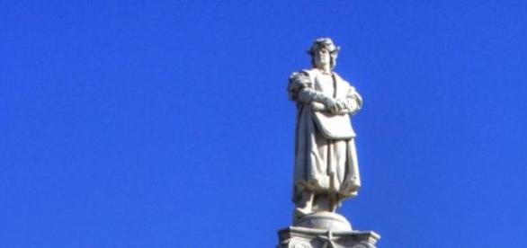 El monumento a Colón antes de su remoción