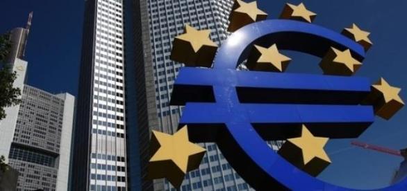 Grécia receberá novo resgate e  bancos reabrem