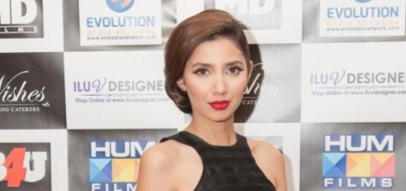 Mahira Khan at London premire of Bin Roye.