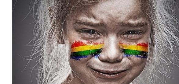 Dzieci wychowywane w małżeństwach LGBT cierpią
