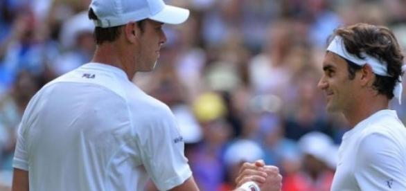 Federer venció claramente a Querrey