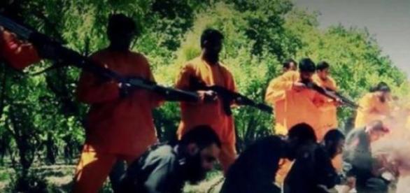 Jaish Al-Islam dijo adiós a trece yhiadistas de EI