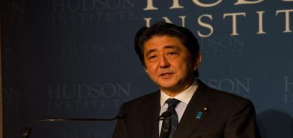 Shinzo Abe at lowest ever approval