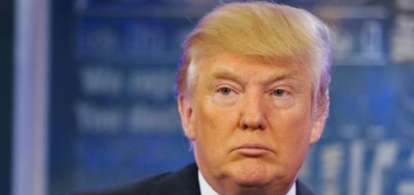 Trump lidera sondagens das primárias republicanas