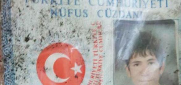 El joven se inmoló y causó la muerte de 32 kurdos