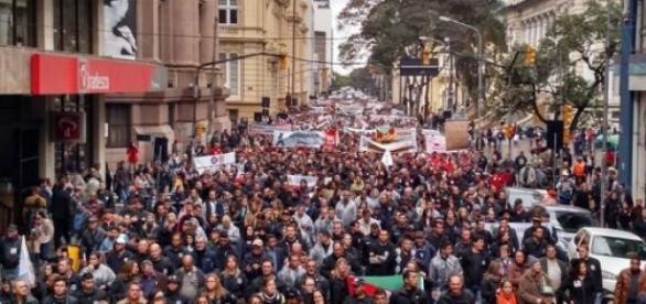 Manifestantes tomaram as ruas centrais da capital