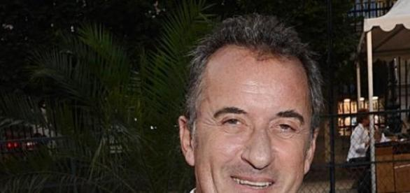 "Christophe Dechavanne anime ""Wishlist"" sur TF1."