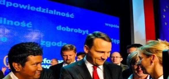 Radosław Sikorski zaskoczył swoją rezygnacją