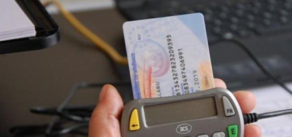 Cardul de Sanătate trebuie activat cu 1 August