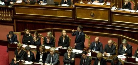 L'esecutivo Renzi durante una discussione in Aula