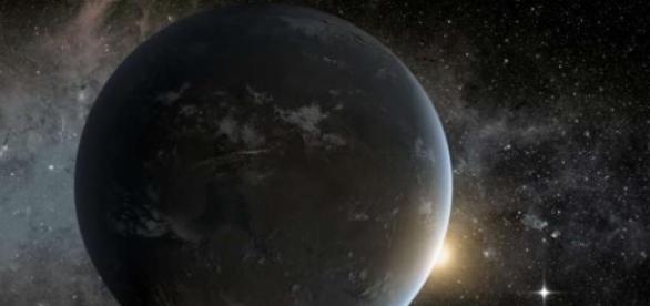 O planeta situa-se na constelação Cygnus.
