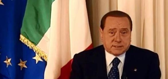 Giustizia, indulto e amnistia: Berlusconi vs Renzi