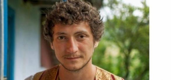 Mihai Tufă oferă o vacanţă elevei violate