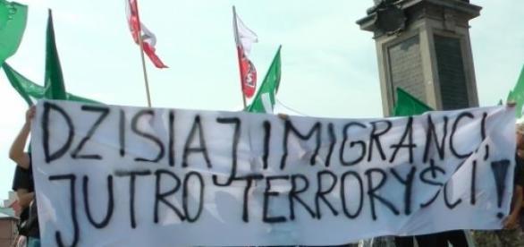 Manifestacja antyimigrancka w Warszawie