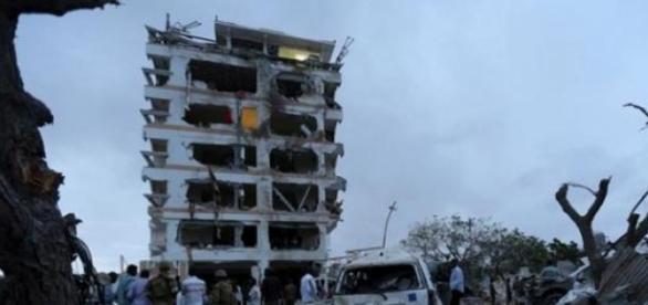 Ataque no hotel da Somália deixa 6 mortos