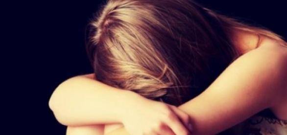 Fata violată nu îşi poate reveni din şoc!