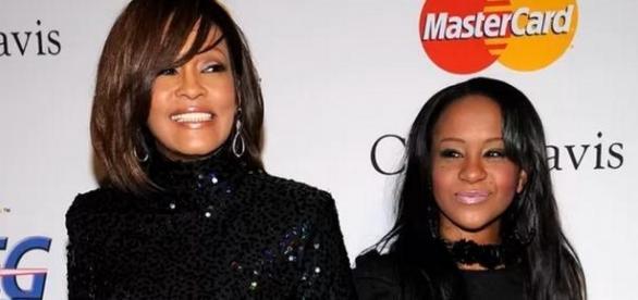Filha de Whitney Houston morre aos 22 anos