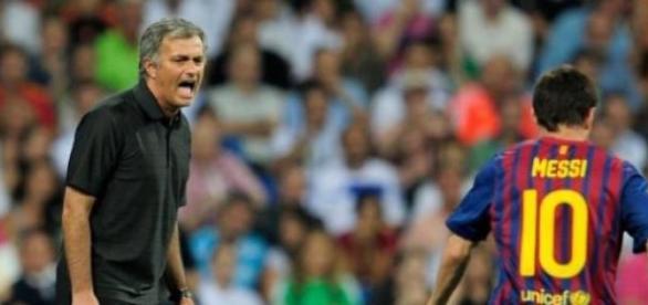 Mourinho ou Messi, quem vencerá o jogo de hoje?